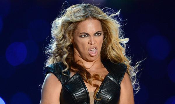 Beyonce-looking-unflattering