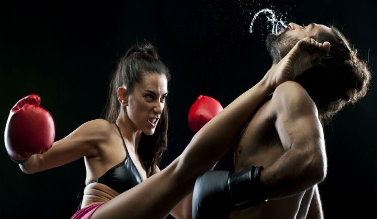 o-MAN-AND-WOMAN-BOXING-facebook