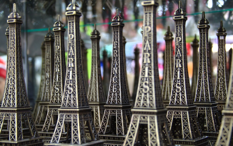 Eiffel_tower_models