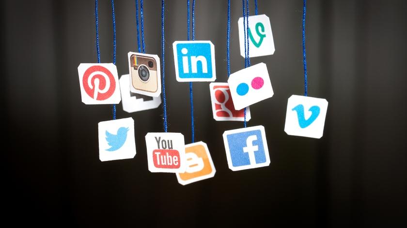 Best-cool-social-media-wallpaper